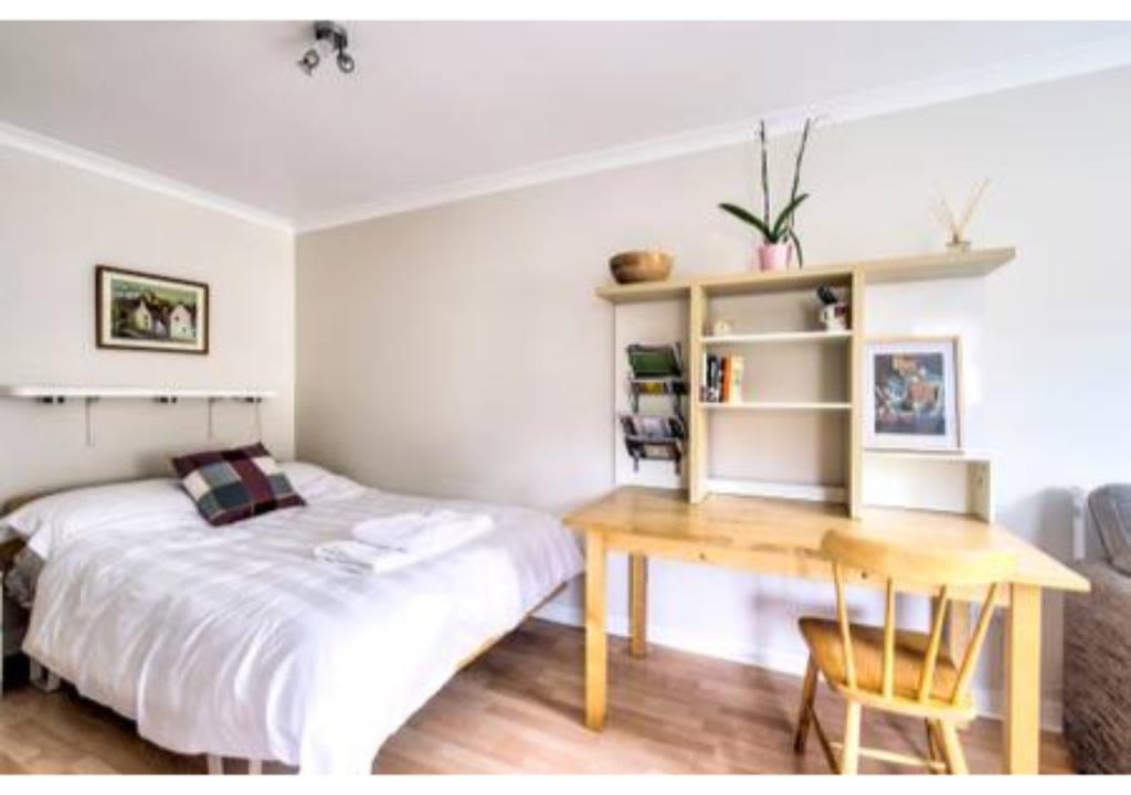 image 10 furnished 1 bedroom Apartment for rent in Edinburgh, Scotland