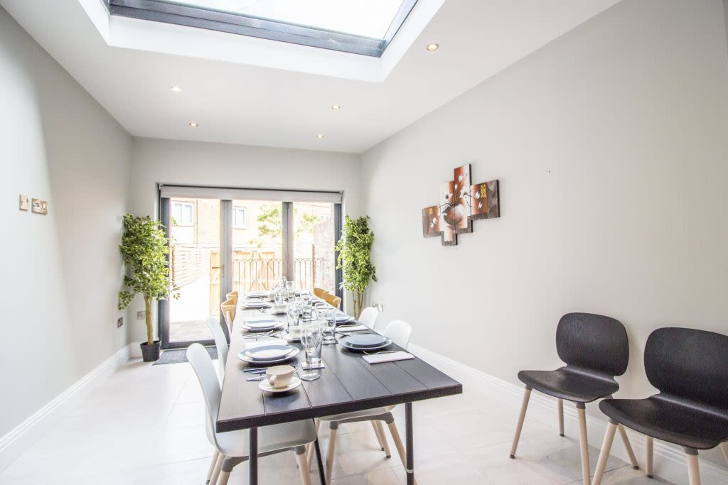 image 8 furnished 4 bedroom Apartment for rent in City of York, North Yorkshire
