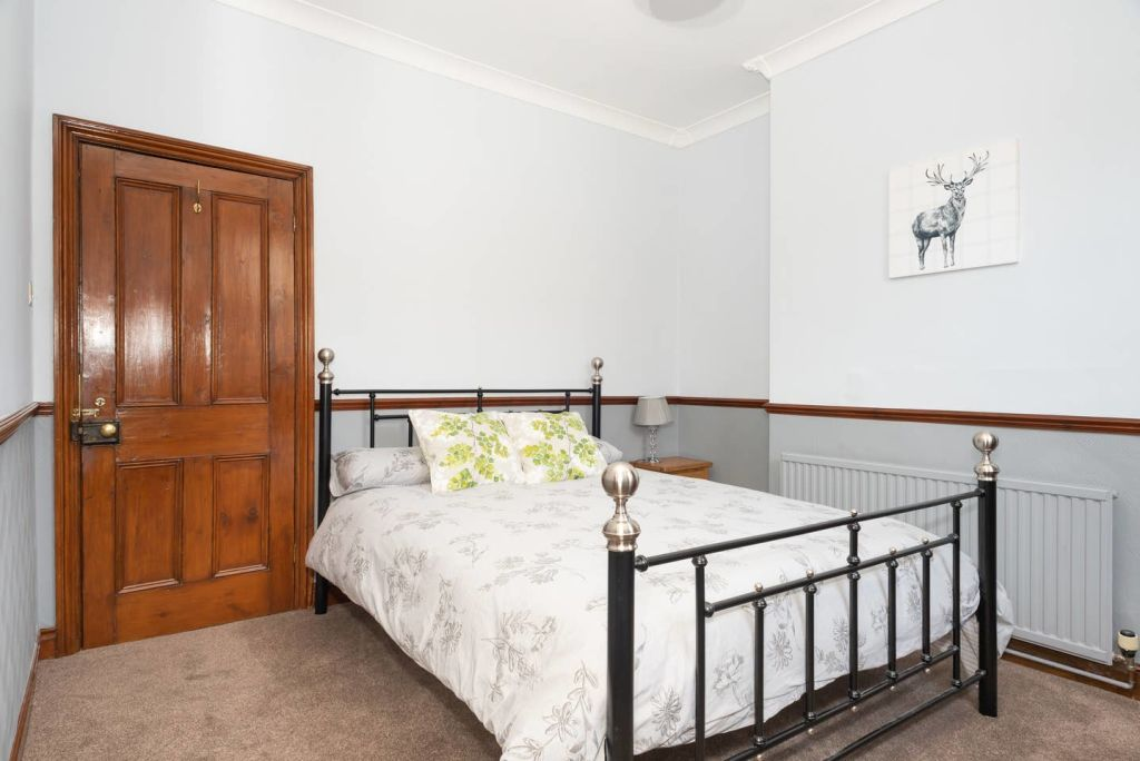 image 5 furnished 3 bedroom Apartment for rent in City of York, North Yorkshire NE