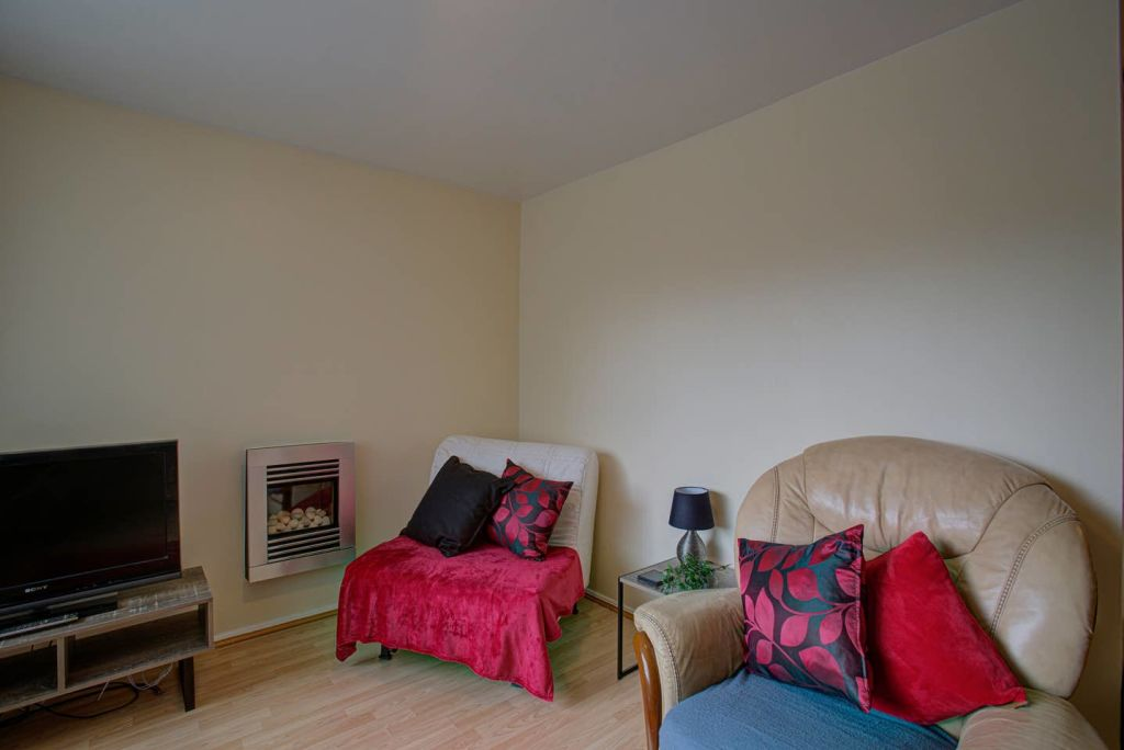 image 2 furnished 2 bedroom Apartment for rent in Longsight, Manchester