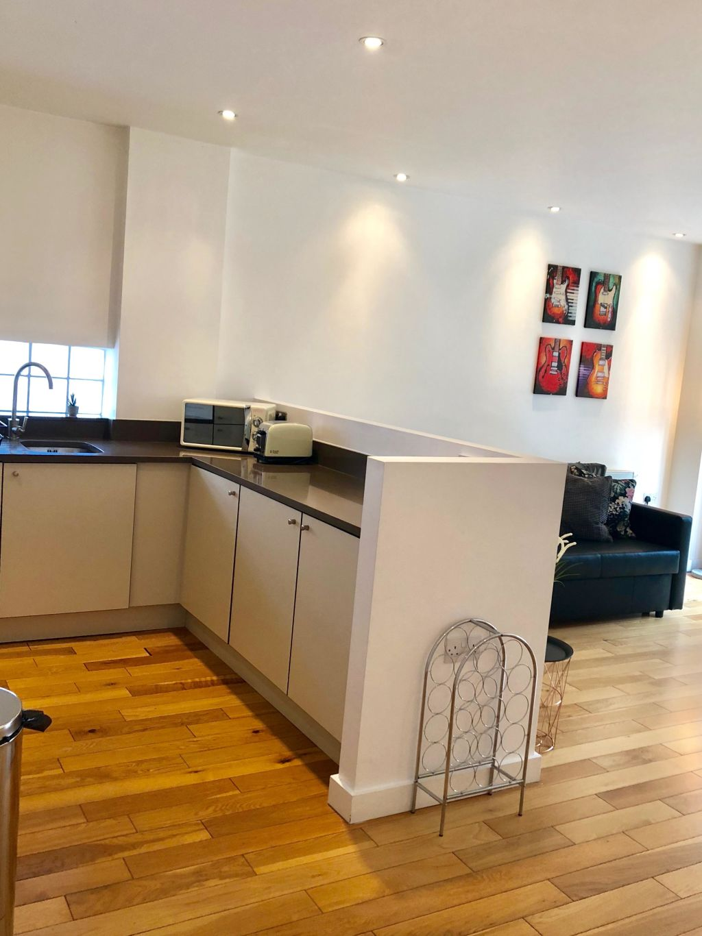 image 10 furnished 2 bedroom Apartment for rent in Whitechapel, Tower Hamlets