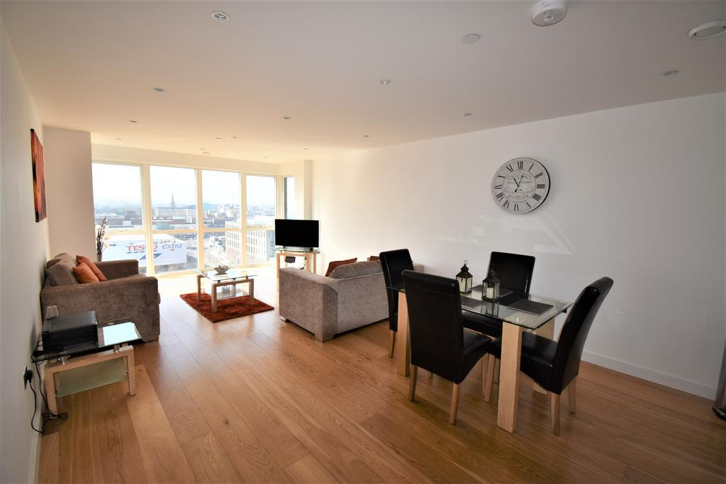 image 5 furnished 2 bedroom Apartment for rent in Slough, Berkshire