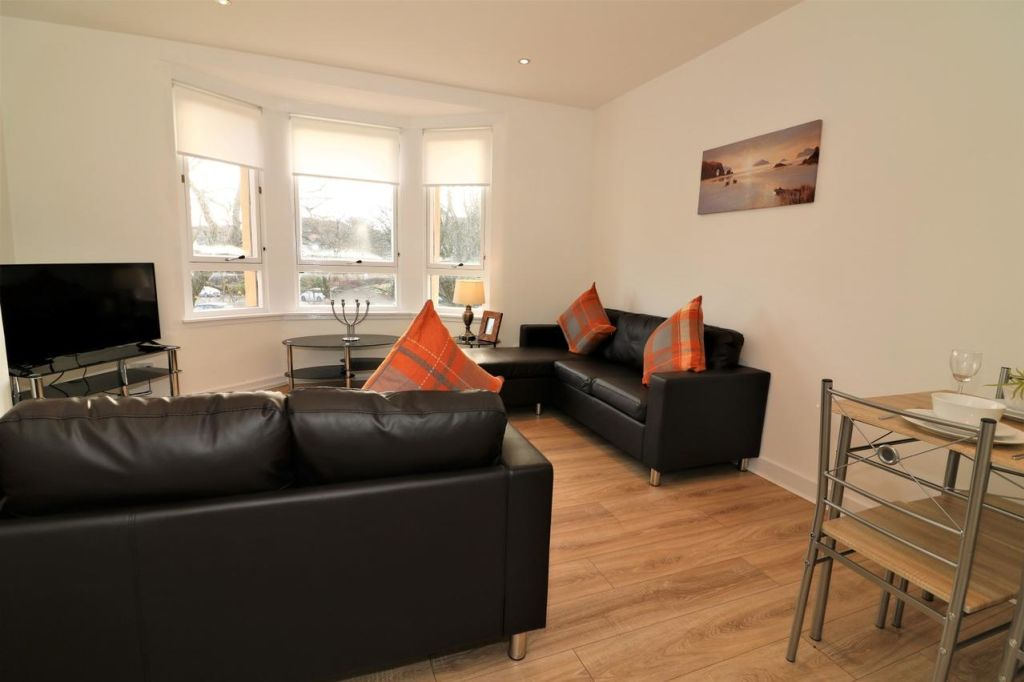 image 8 furnished 3 bedroom Apartment for rent in Glasgow, Scotland