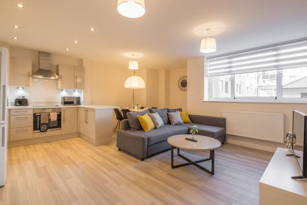 image 7 furnished 2 bedroom Apartment for rent in Stevenage, Hertfordshire