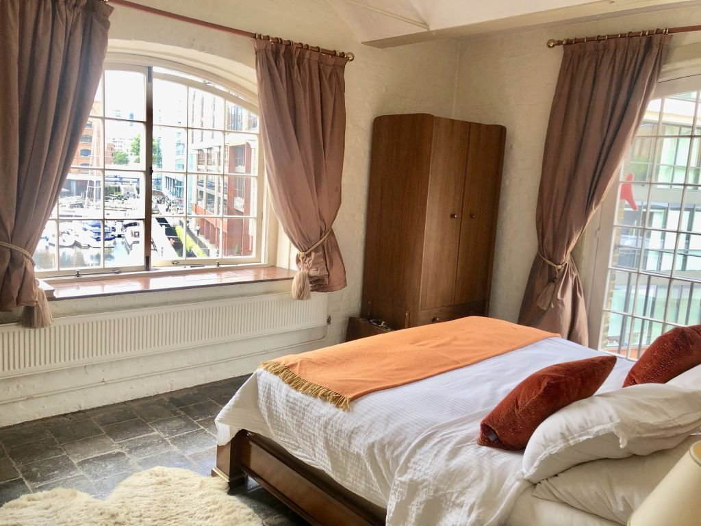 image 8 furnished 2 bedroom Apartment for rent in Wapping, Tower Hamlets
