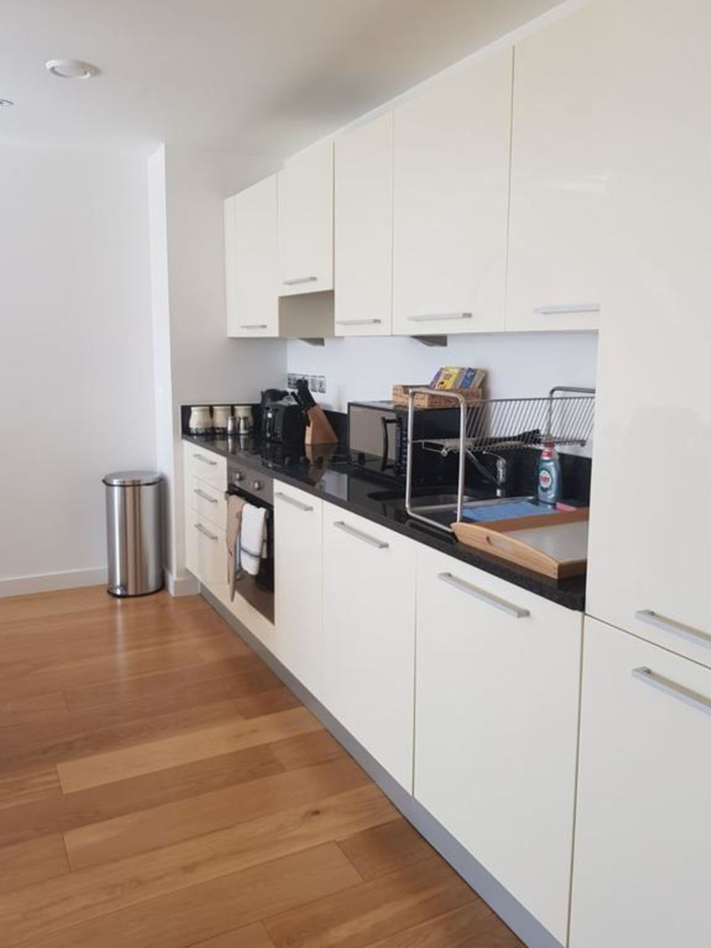image 4 furnished 2 bedroom Apartment for rent in Slough, Berkshire