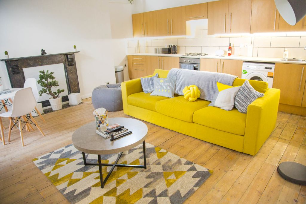 image 2 furnished 2 bedroom Apartment for rent in Dalston, Hackney