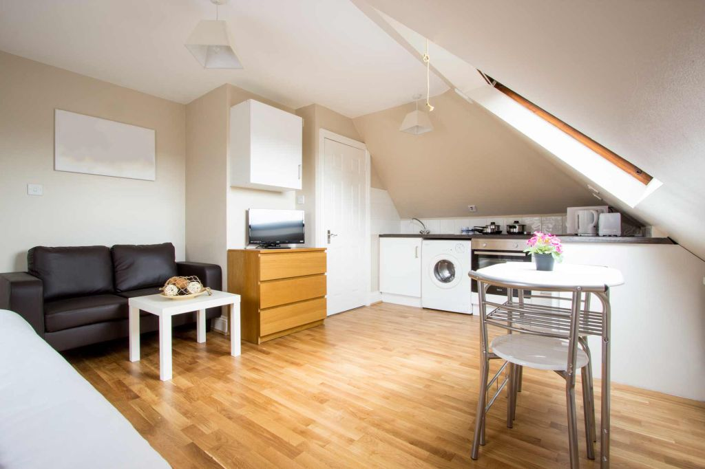 image 8 furnished 1 bedroom Apartment for rent in Cricklewood, Barnet