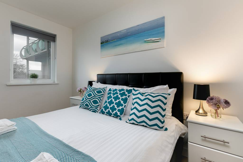 image 2 furnished 1 bedroom Apartment for rent in Enfield Town, Enfield