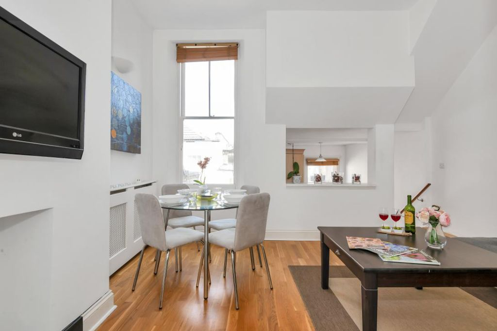 image 10 furnished 1 bedroom Apartment for rent in Earls Court, Kensington Chelsea