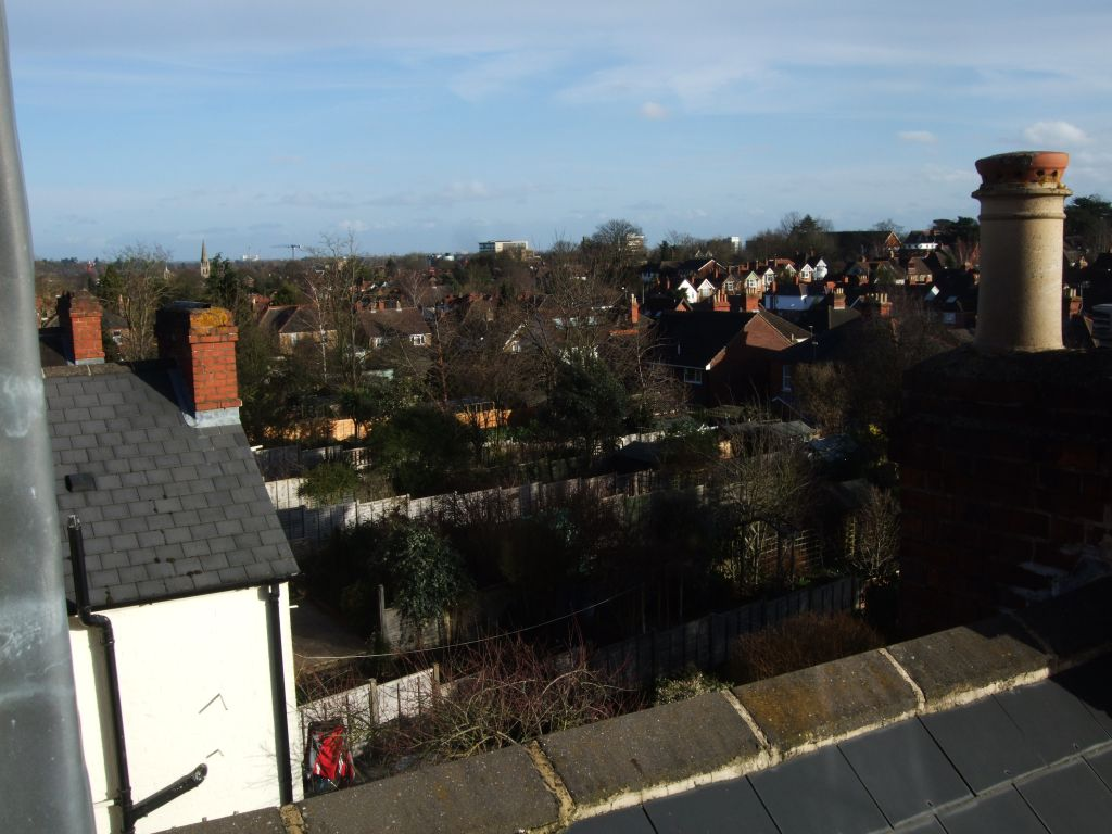 image 2 furnished 3 bedroom Apartment for rent in Belmont, Sutton