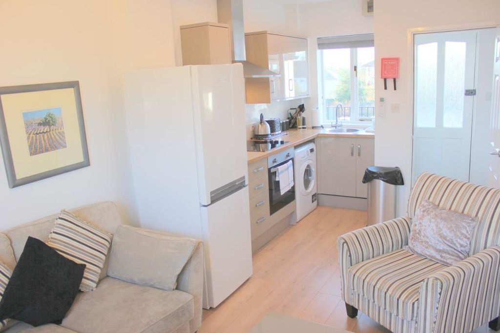 image 6 furnished 2 bedroom Apartment for rent in East Cambridgeshire, Cambridgeshire