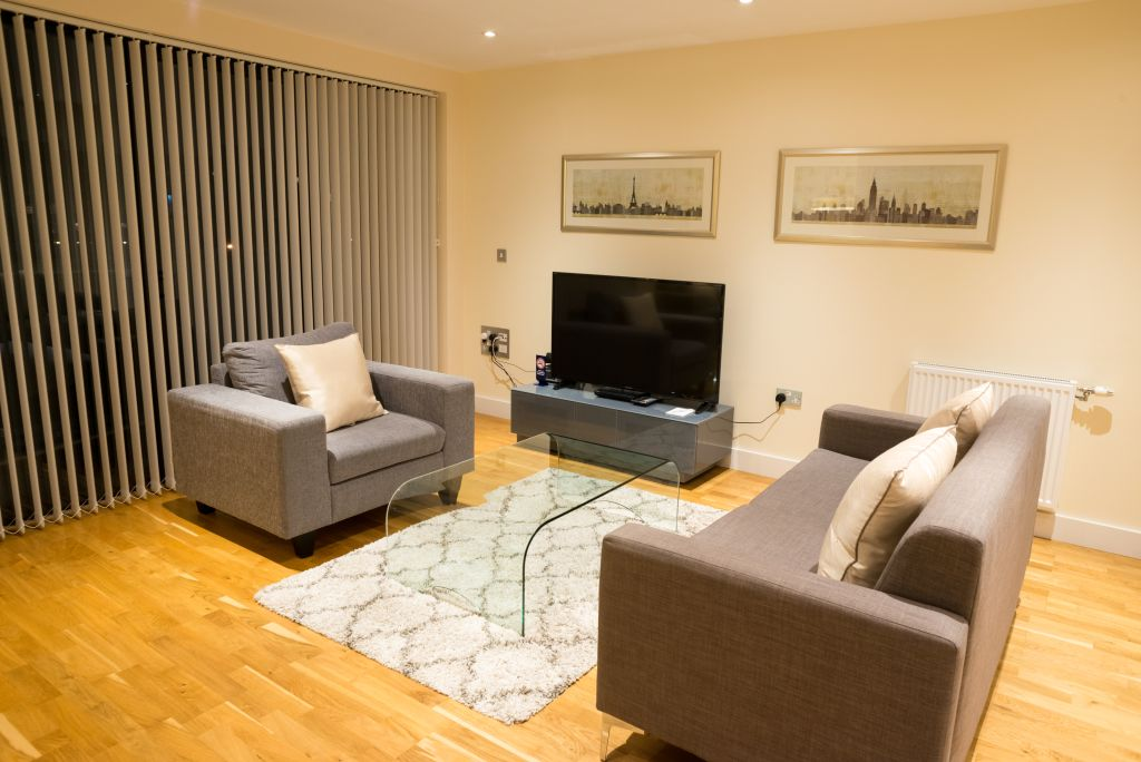 image 2 furnished 2 bedroom Apartment for rent in Bermondsey, Southwark