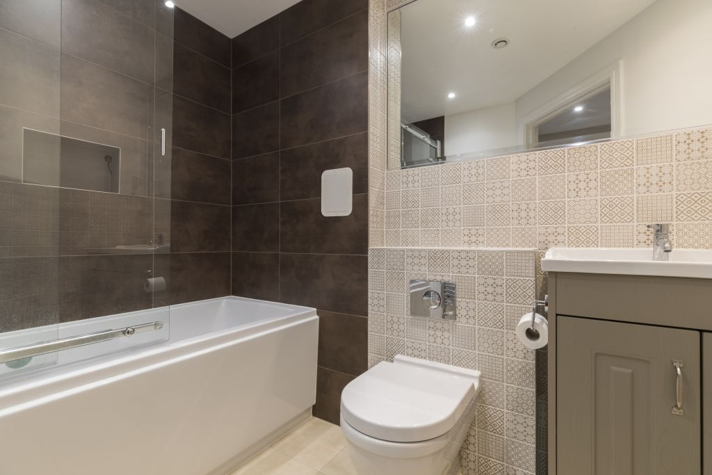 image 10 furnished 2 bedroom Apartment for rent in Richmond, Richmond upon Thames