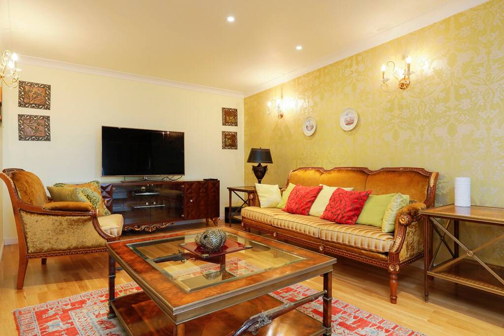 image 6 furnished 3 bedroom Apartment for rent in Cubitt Town, Tower Hamlets