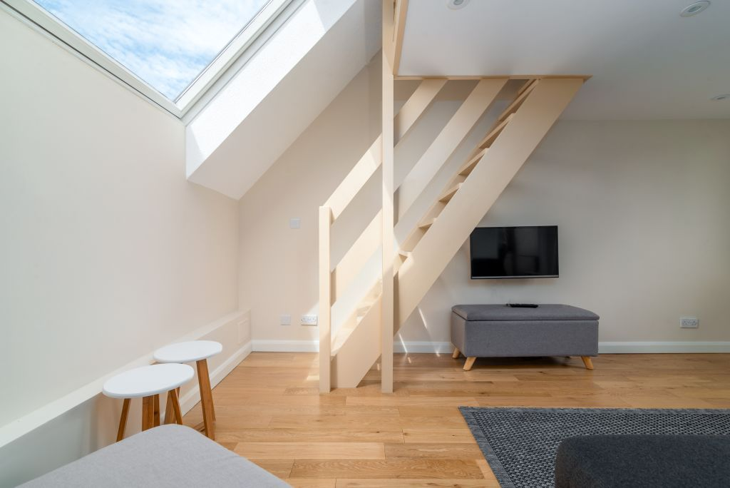 image 1 furnished 1 bedroom Apartment for rent in Rotherhithe, Southwark