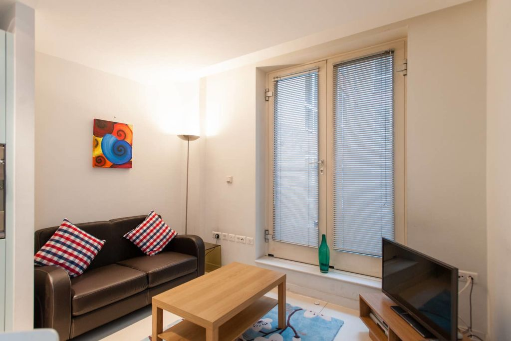 image 2 furnished 1 bedroom Apartment for rent in Farringdon Without, City of London