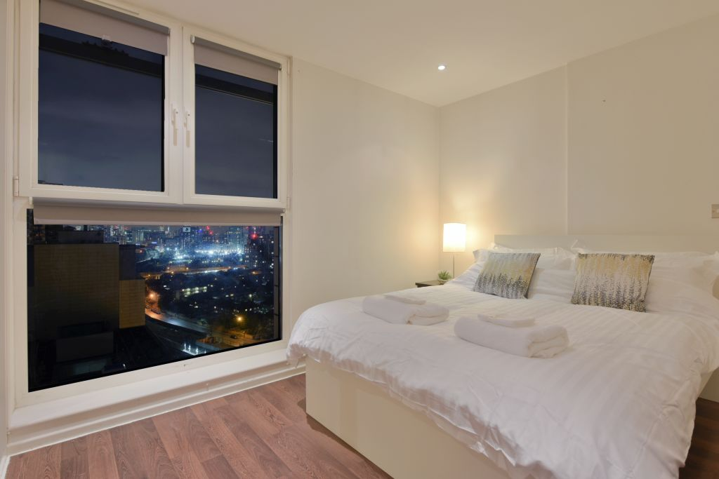 image 5 furnished 2 bedroom Apartment for rent in Canning Town, Newham