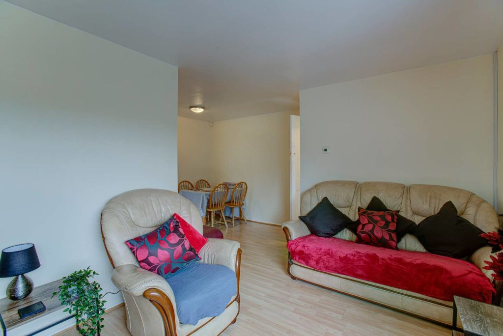image 3 furnished 2 bedroom Apartment for rent in Longsight, Manchester