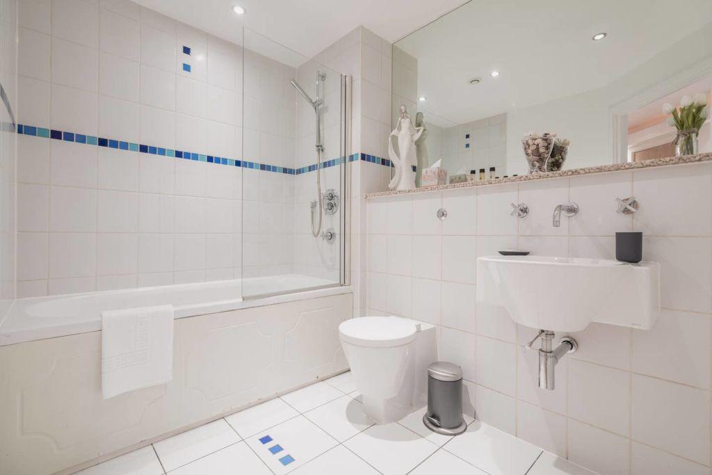 image 8 furnished 2 bedroom Apartment for rent in Edgbaston, Birmingham