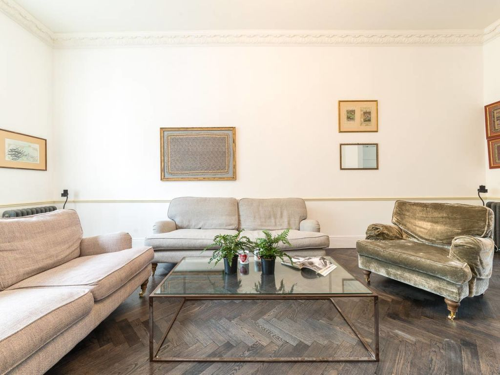 image 3 furnished 3 bedroom Apartment for rent in Enfield Town, Enfield