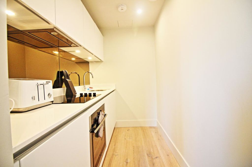 image 10 furnished 1 bedroom Apartment for rent in Hulme, Manchester