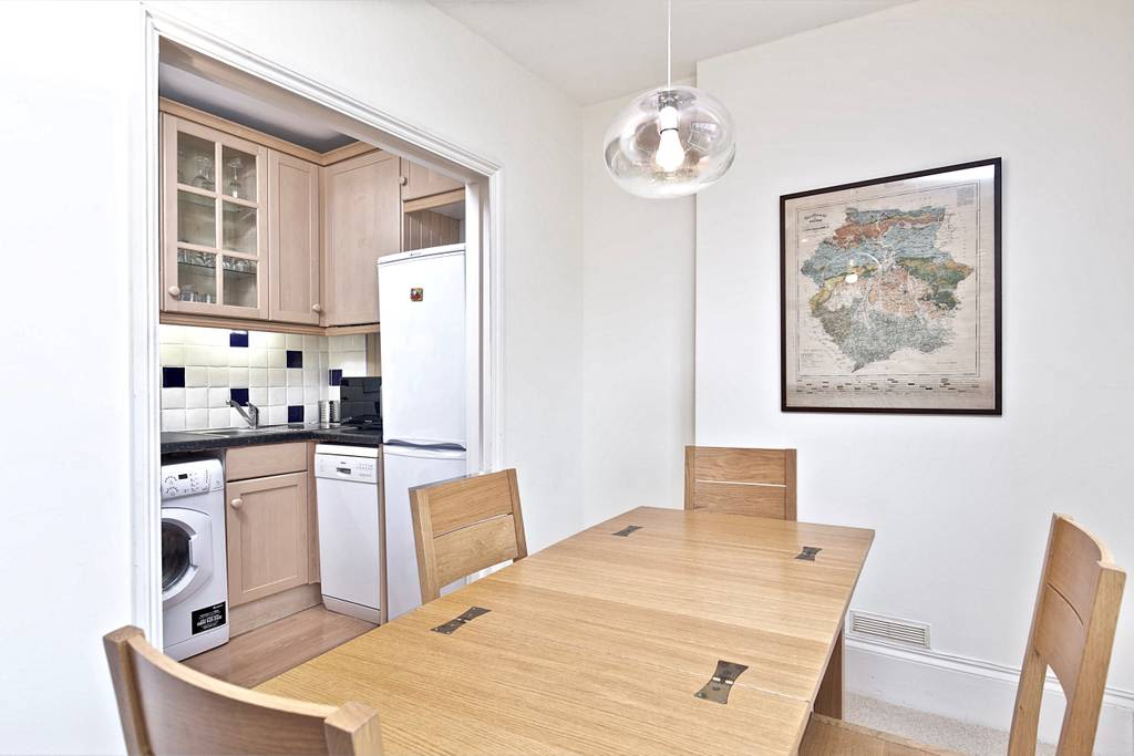 image 7 furnished 2 bedroom Apartment for rent in Earls Court, Kensington Chelsea