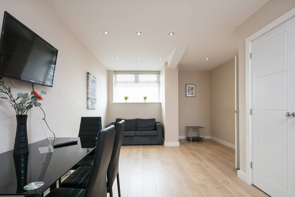 image 4 furnished 1 bedroom Apartment for rent in Cheetham, Manchester