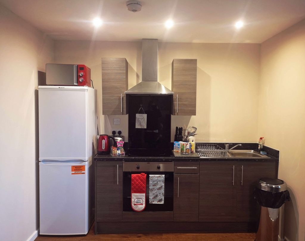 image 6 furnished 1 bedroom Apartment for rent in Longford, Hillingdon