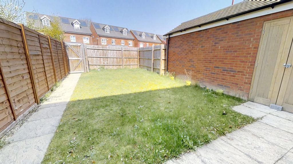 image 9 furnished 3 bedroom Apartment for rent in Welwyn Hatfield, Hertfordshire