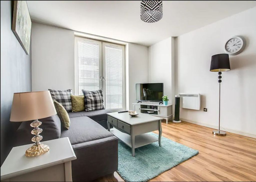 image 6 furnished 2 bedroom Apartment for rent in Edgbaston, Birmingham