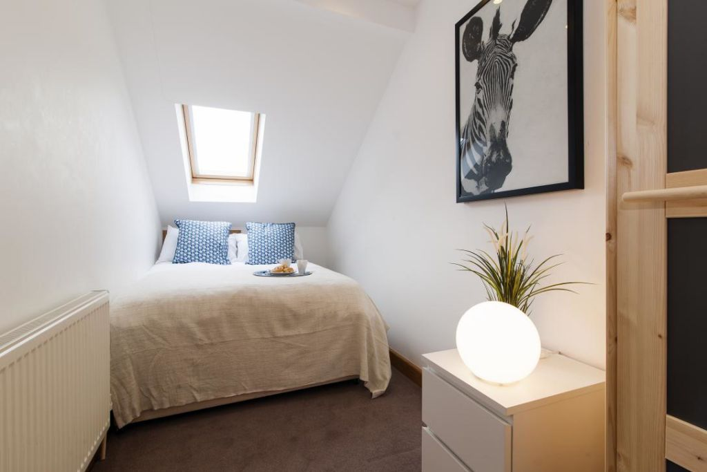 image 6 furnished 2 bedroom Apartment for rent in Fulham, Hammersmith Fulham