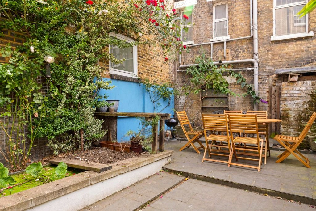 image 6 furnished 3 bedroom Apartment for rent in De Beauvoir Town, Hackney