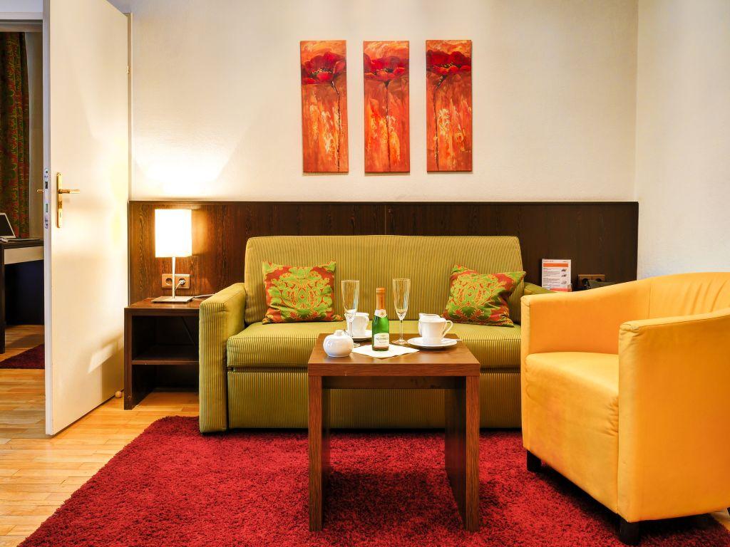 image 1 furnished 1 bedroom Apartment for rent in Josefstadt, Vienna