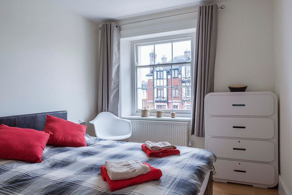 image 5 furnished 2 bedroom Apartment for rent in Lea Bridge, Hackney