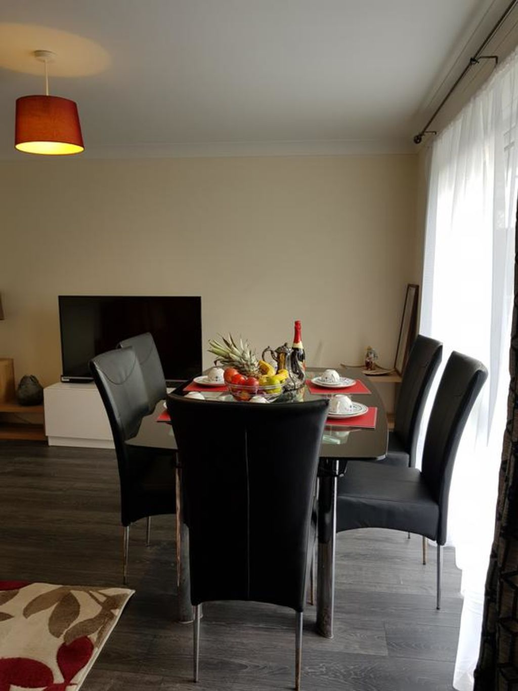 image 6 furnished 5 bedroom Apartment for rent in Luton, Bedfordshire