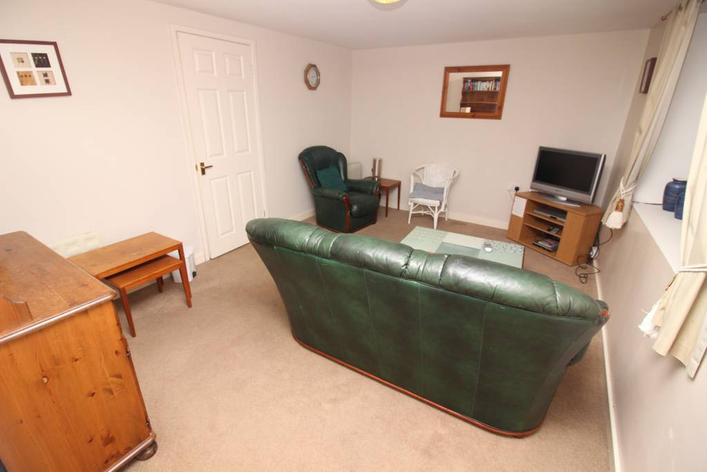 image 3 furnished 2 bedroom Apartment for rent in Wirral, Merseyside
