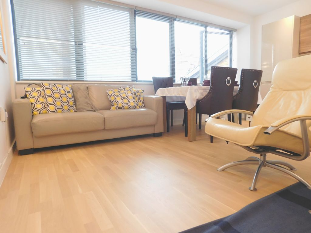 image 2 furnished 2 bedroom Apartment for rent in Norwich, Norfolk