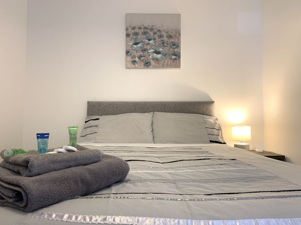image 1 furnished 1 bedroom Apartment for rent in Derby, Derbyshire
