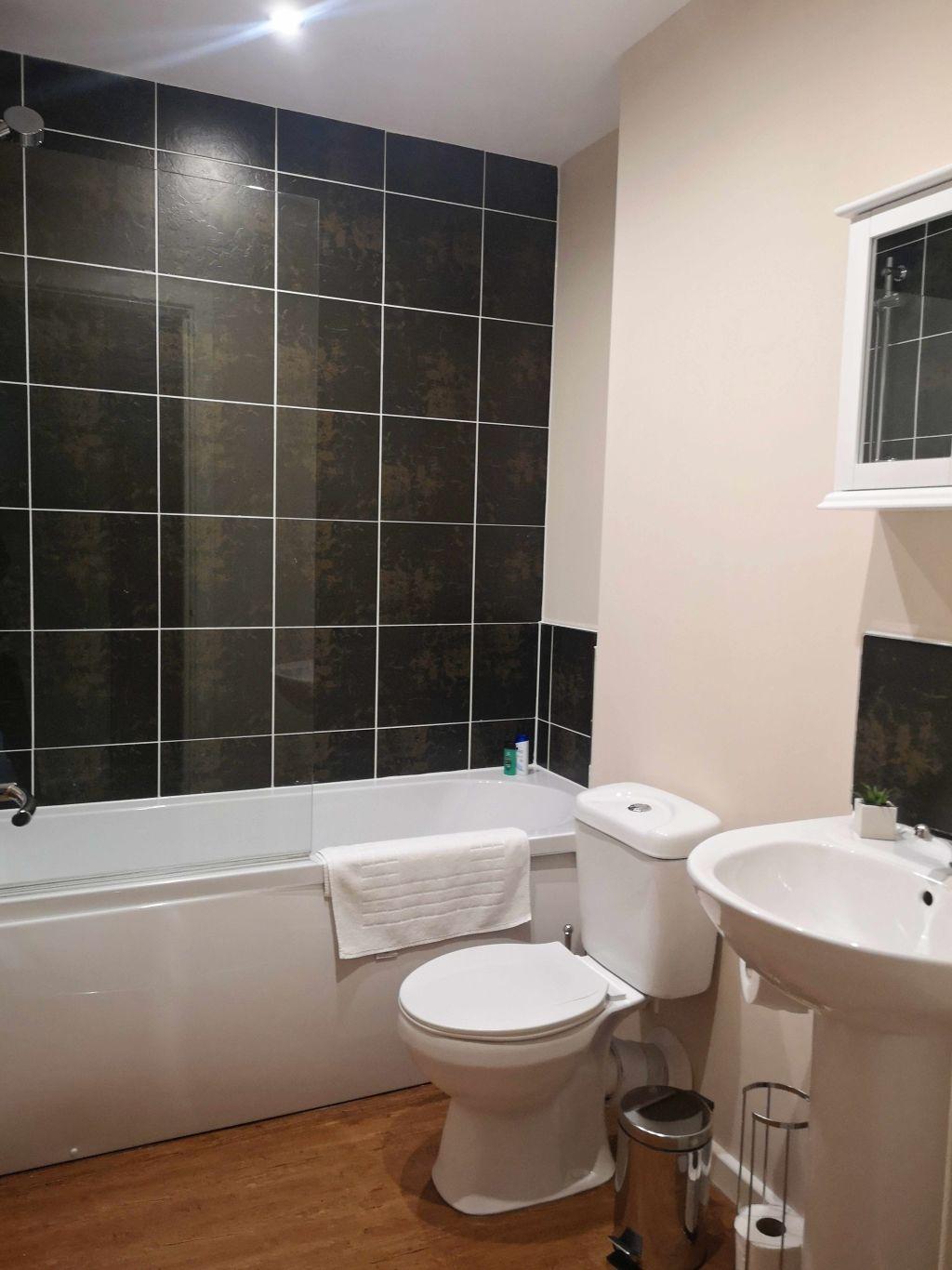 image 8 furnished 1 bedroom Apartment for rent in Longford, Hillingdon