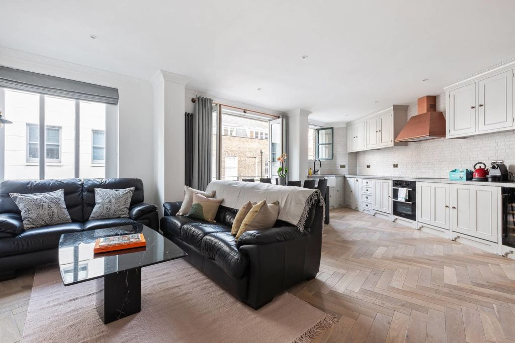 image 7 furnished 2 bedroom Apartment for rent in Spitalfields, Tower Hamlets