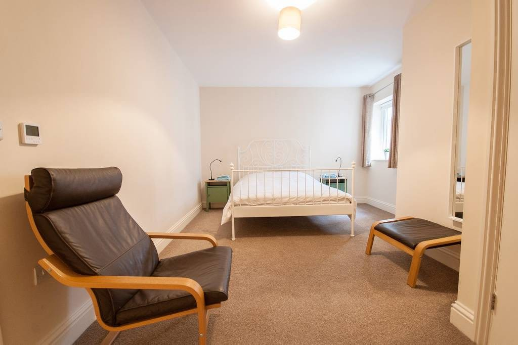 image 6 furnished 3 bedroom Apartment for rent in Clifton East, Bristol