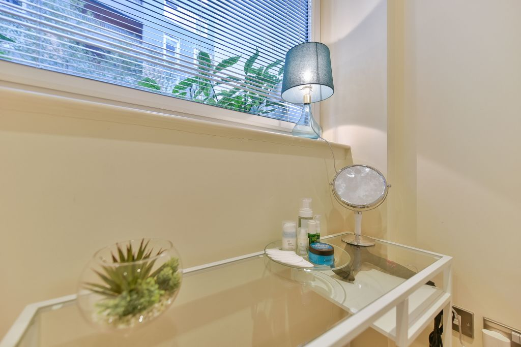 image 9 furnished 1 bedroom Apartment for rent in Canary Wharf, Tower Hamlets