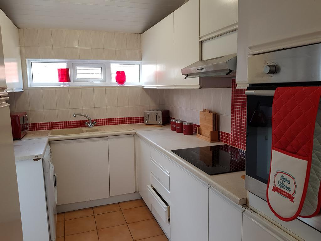 image 9 furnished 2 bedroom Apartment for rent in Gedling, Nottinghamshire