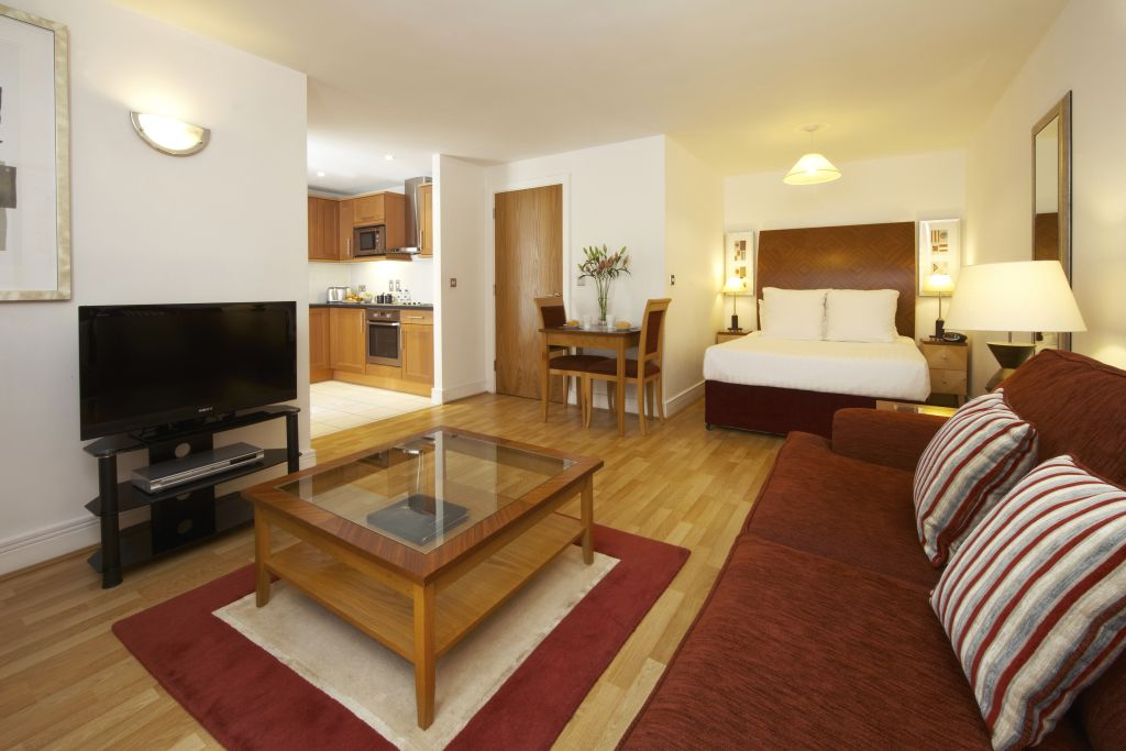 image 3 furnished 2 bedroom Apartment for rent in Vintry, City of London