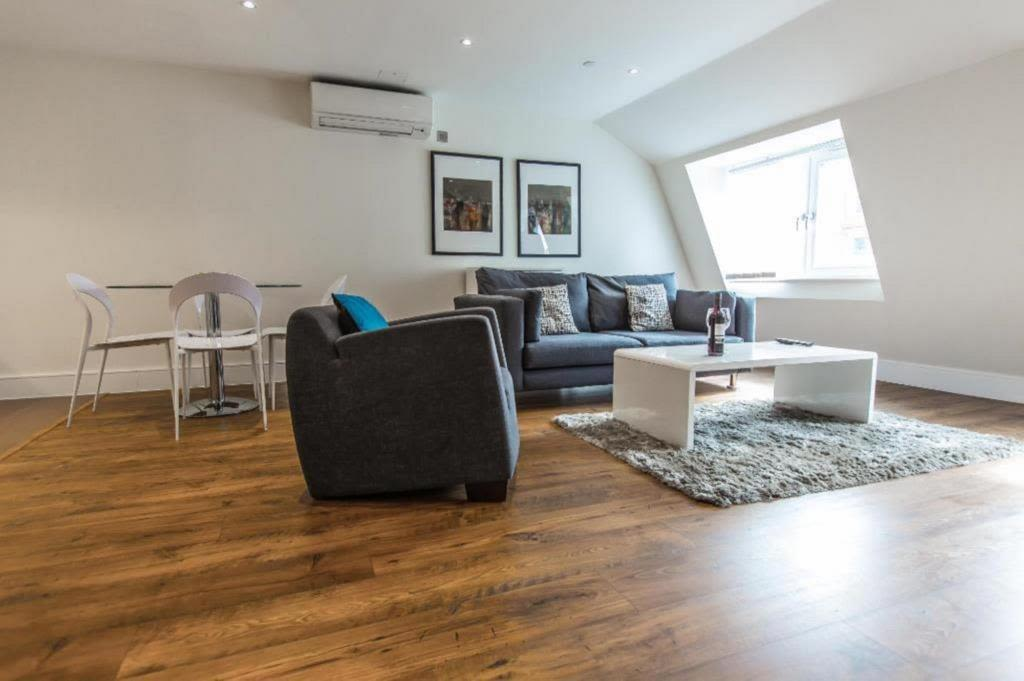 image 1 furnished 2 bedroom Apartment for rent in Whitechapel, Tower Hamlets