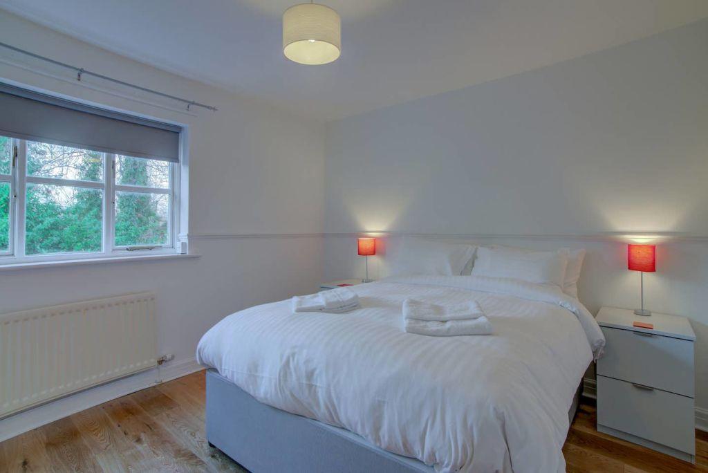 image 9 furnished 2 bedroom Apartment for rent in Wythenshawe, Manchester