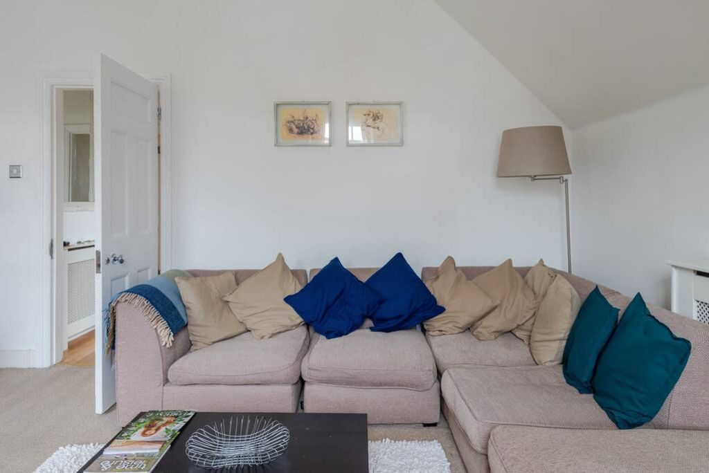 image 5 furnished 2 bedroom Apartment for rent in Wimbledon, Merton