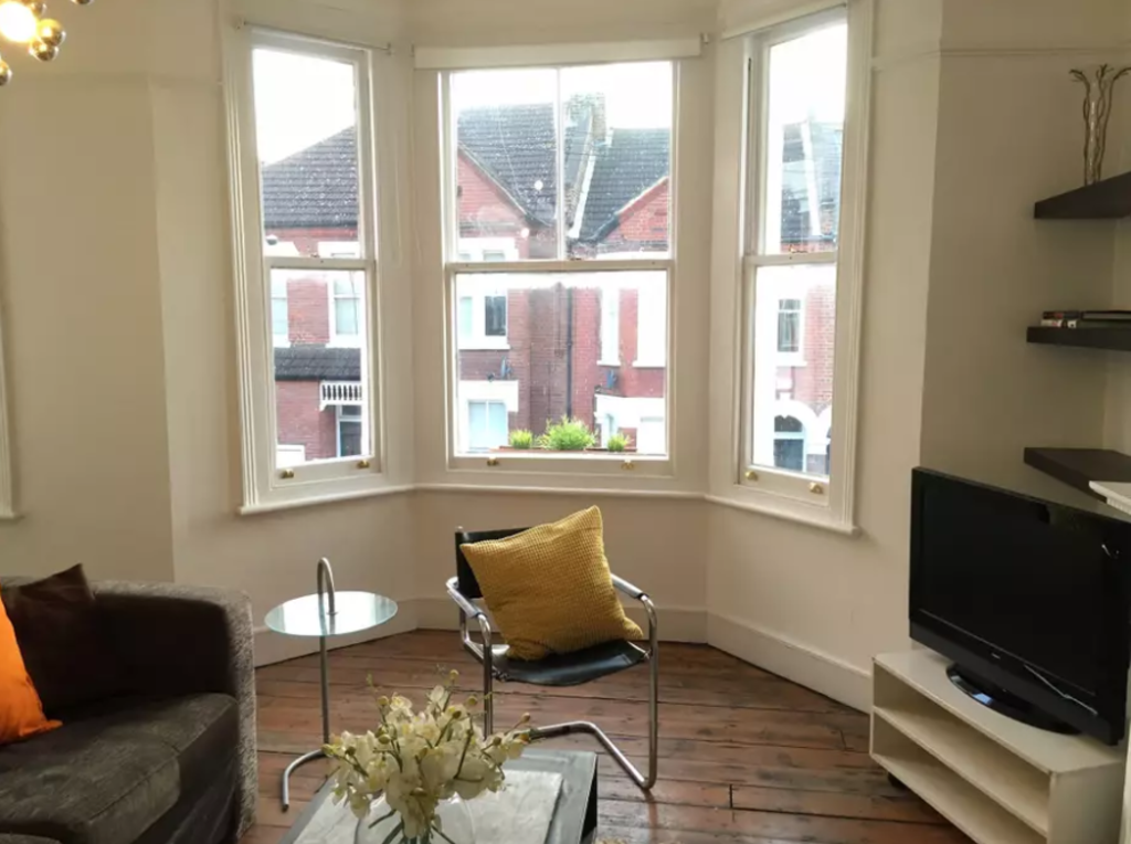 image 2 furnished 2 bedroom Apartment for rent in Stockwell, Lambeth