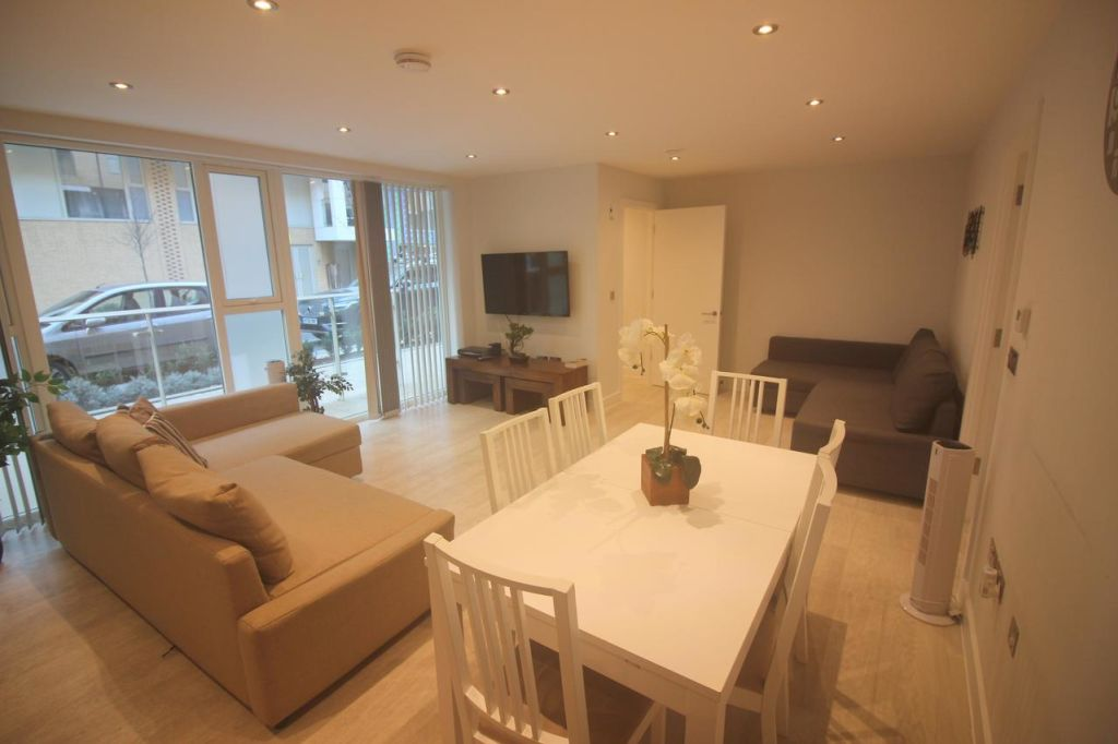 image 7 furnished 2 bedroom Apartment for rent in Cambridge, Cambridgeshire